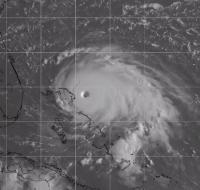 La force de Dorian comparée à celle d'Irma